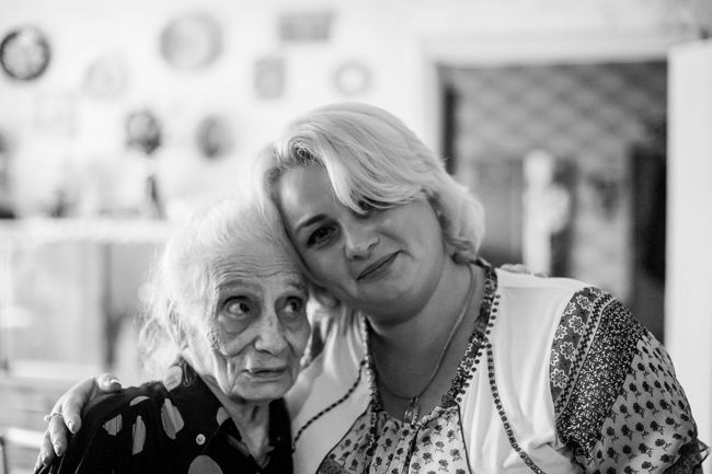 "Arik Shraga. ""Joint"" Families: The Stories of Love. Kiev. Doba with her homecare worker"