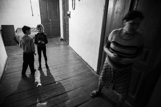 Arik Shraga. Eastern Ukraine. Kharkov. Angelina and her shared apartment neighbor