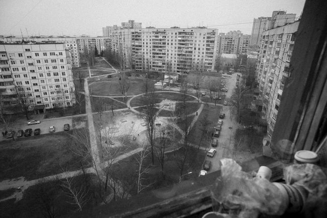 Arik Shraga. Eastern Ukraine. Kharkov. A view from a window
